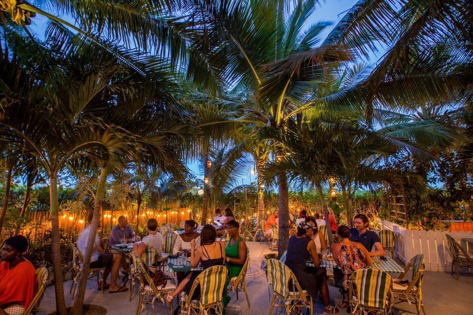 Top 5 Restaurants in Providenciales