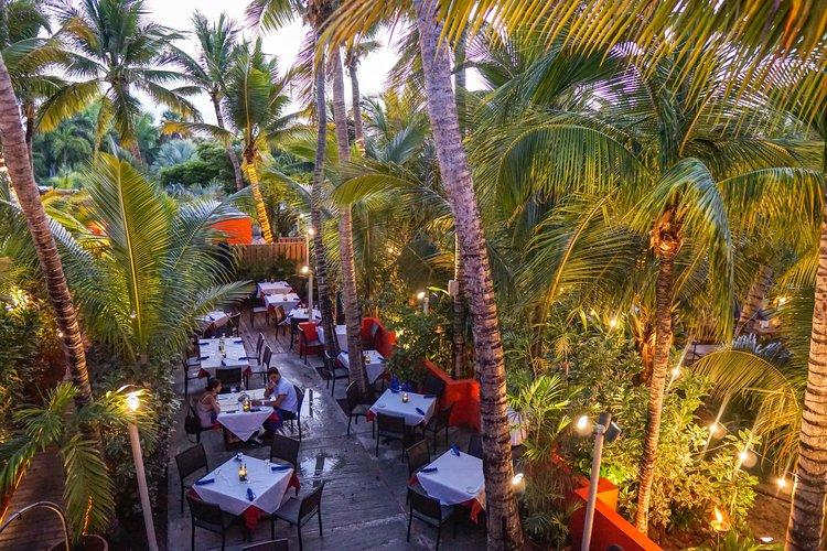 coco bistro garden