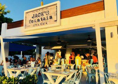 5 Great 'Pub Crawl' Bars in Turks & Caicos